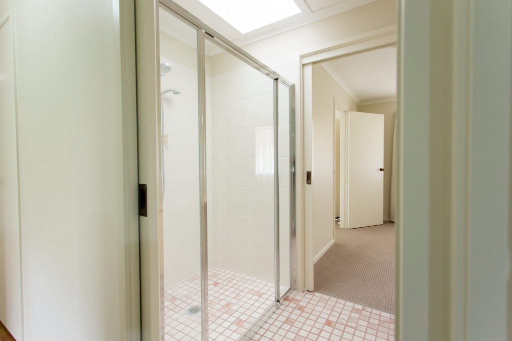 Large and hygenic bathrooms with easy access at Myoora Village Henty - 528A4703