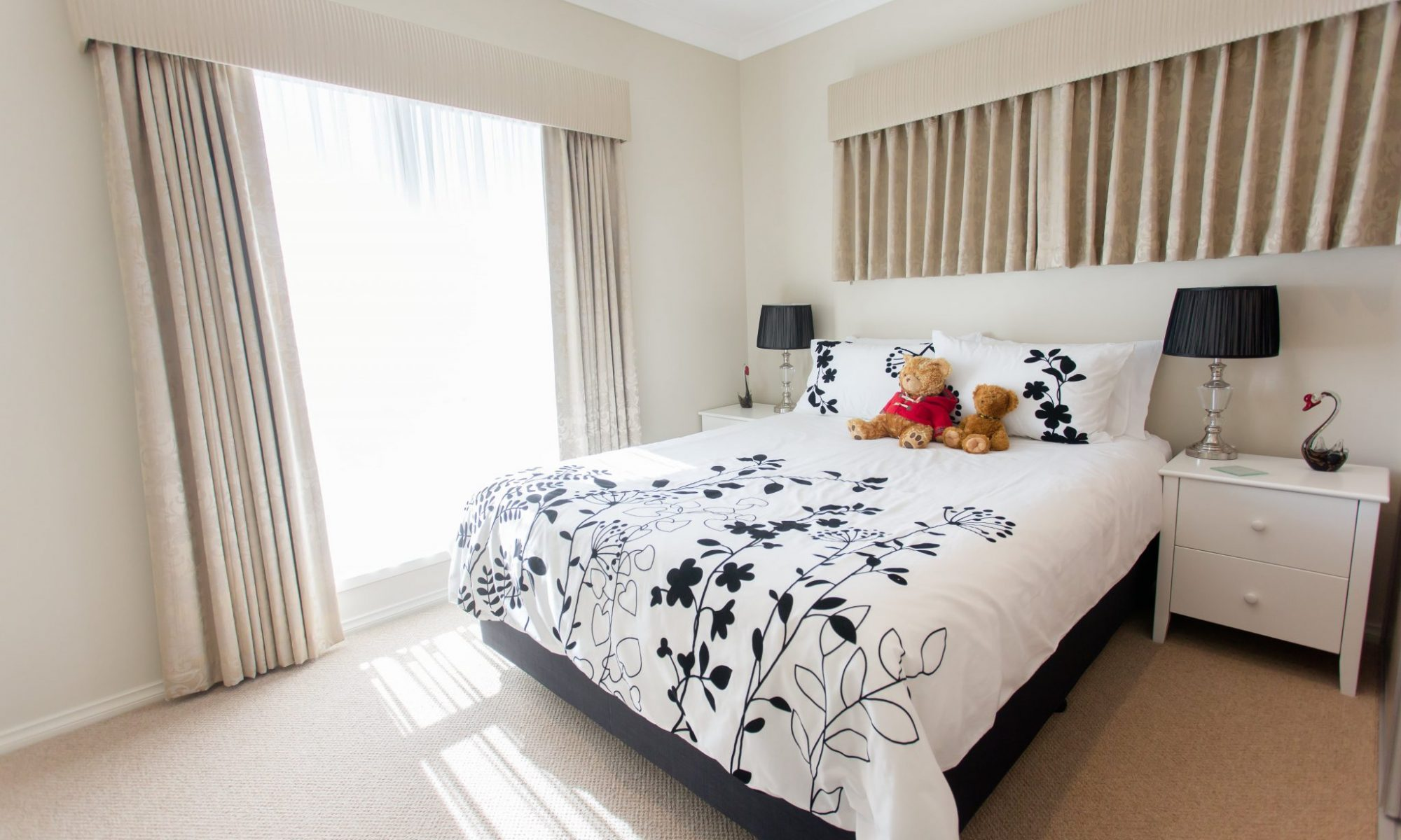 Large and modern bedrooms - Murray Vale Village - 528A4807