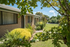 Quiet, peacefull, tidy residential properties at Myoora Village Henty - Henty--4