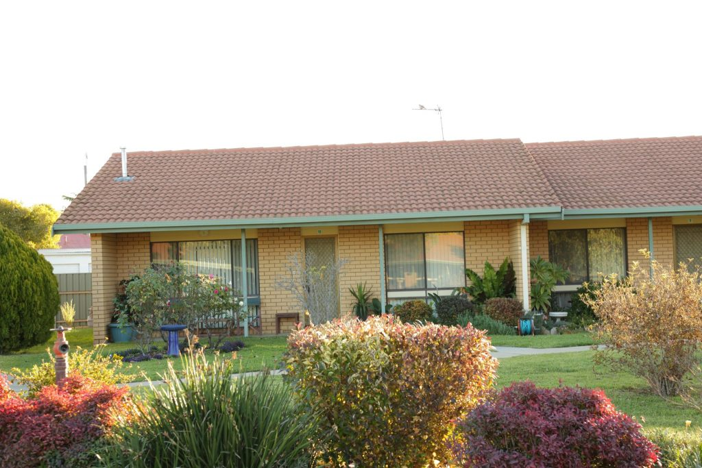 Self-contained cottage houses - Gumleigh Gardens Village - Wagga-Riverina - 528A4557